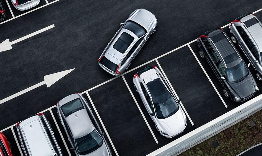 Tổng hợp kinh nghiệm lái xe lùi chuồng cho lái xe mới